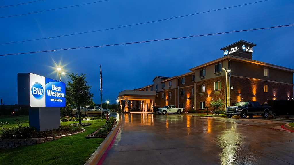 Best Western Bowie Inn & Suites - Vista exterior