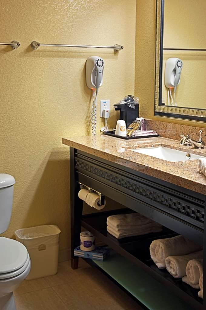 Best Western Bowie Inn & Suites - Cuarto de baño
