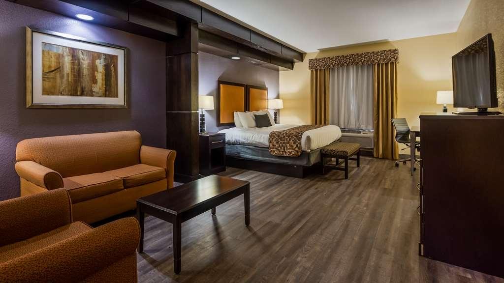 Best Western Bowie Inn & Suites - Suite