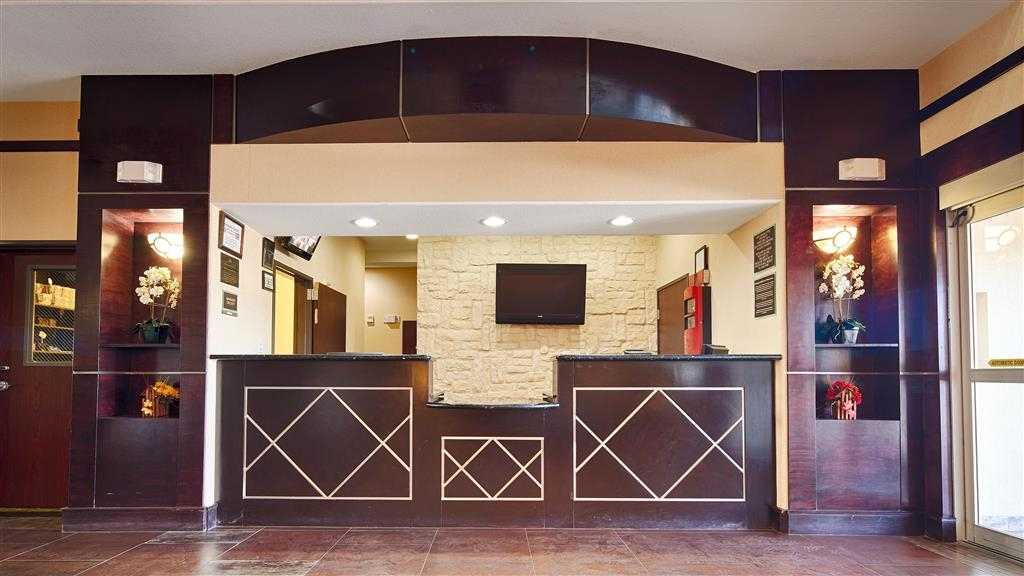 Best Western Bowie Inn & Suites - recepción