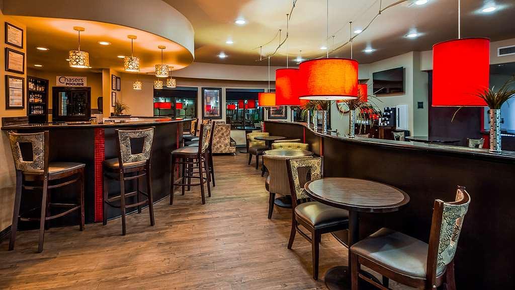 Tremendous Hotel In Denton Best Western Premier Crown Chase Inn Suites Ncnpc Chair Design For Home Ncnpcorg