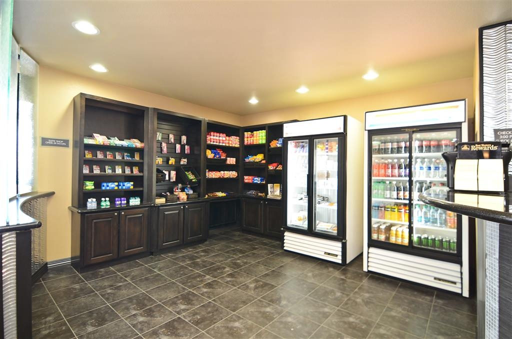 Best Western Premier Crown Chase Inn & Suites - Forget something or looking for a quick snack? Try our 24-hour sundries shop.
