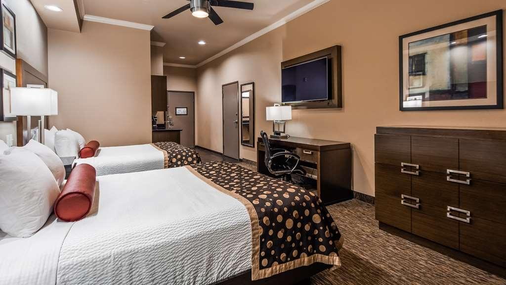 Best Western Premier Crown Chase Inn & Suites - Habitaciones/Alojamientos