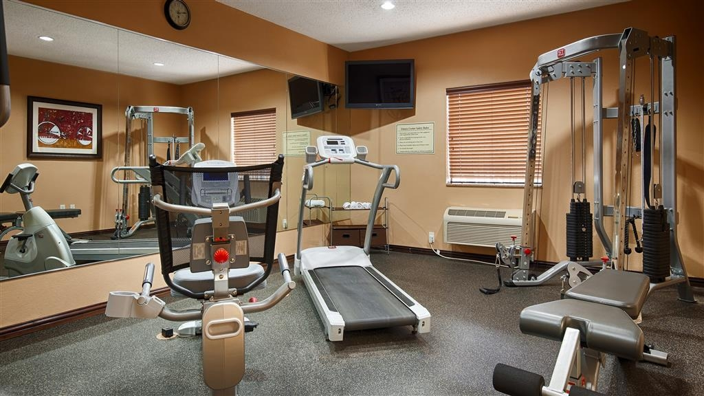 Best Western Plus University Inn & Suites - Sala fitness