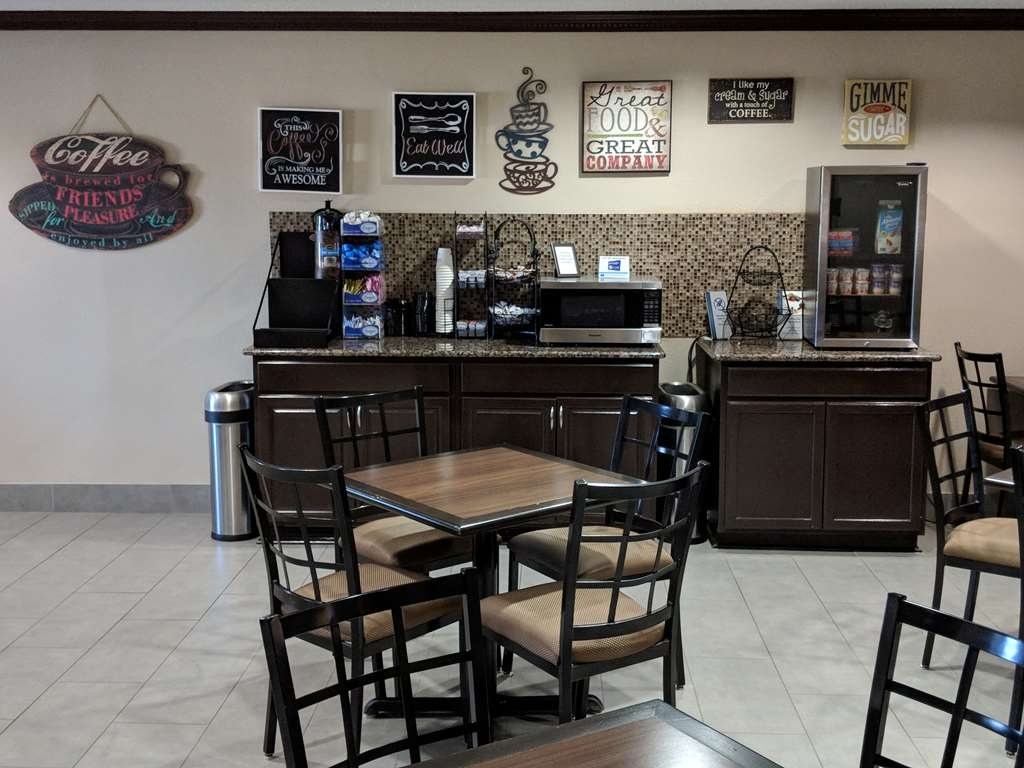 Best Western Plus University Inn & Suites - This is our coffee bar area for the early rise and shine people!