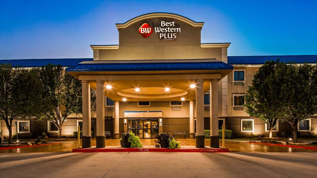 Best Western Plus University Inn & Suites - Welcome to the Best Western Plus University Inn & Suites!