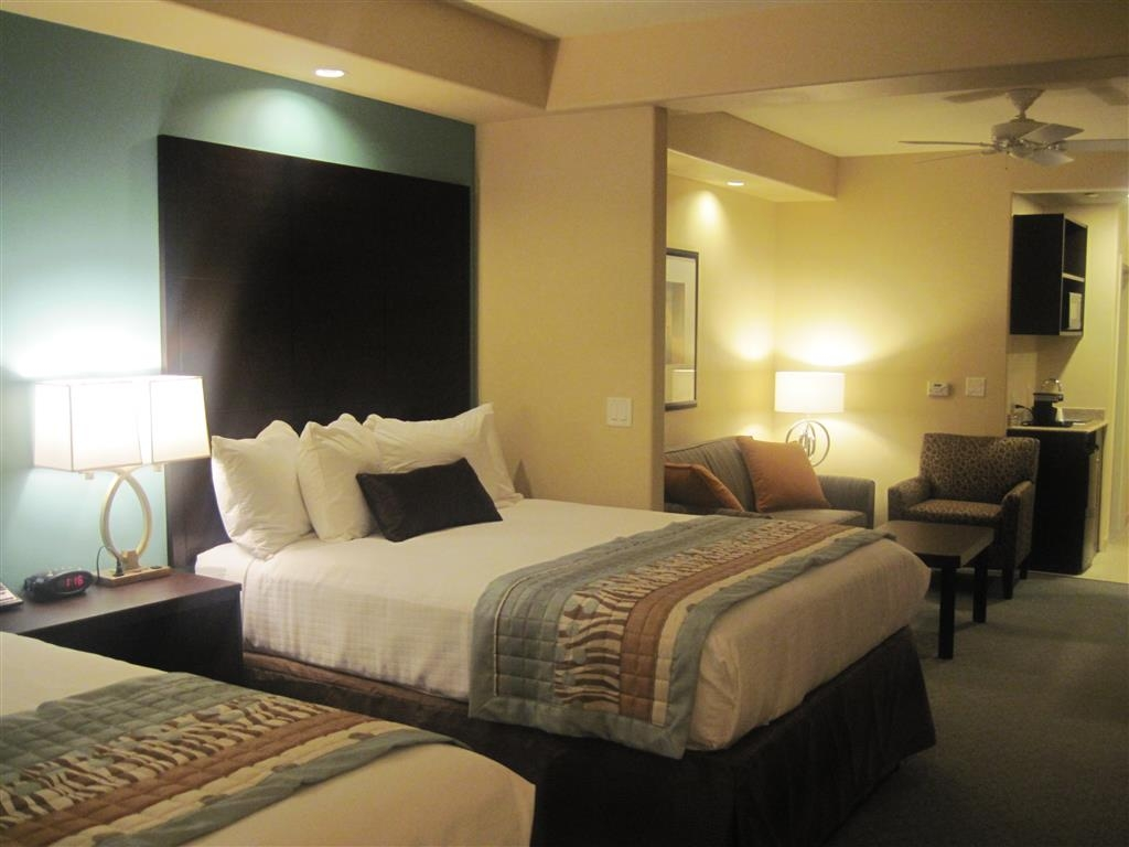 Best Western Plus Midland Suites - Suite