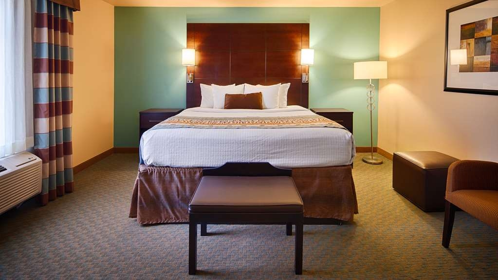 Best Western Plus Midland Suites - Guest Room