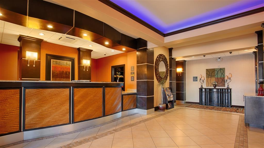 Best Western Plus Midland Suites - Réception