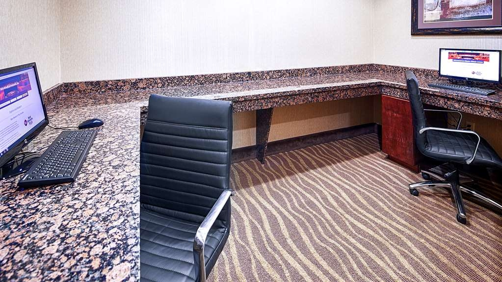 Best Western Plus Royal Mountain Inn & Suites - Business Center