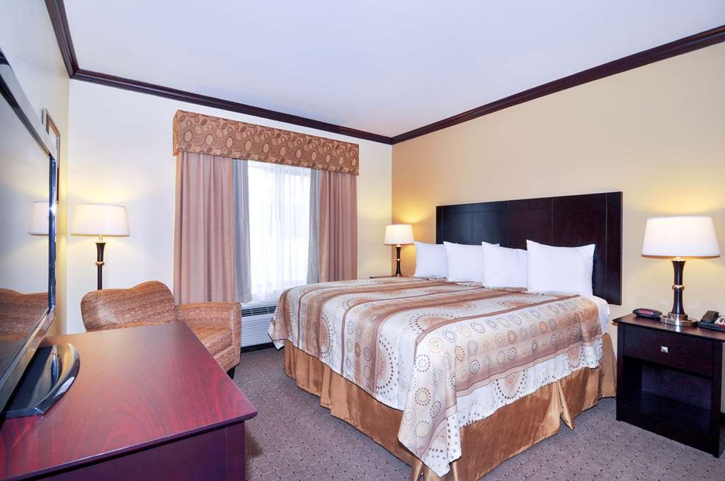 Best Western Plus Royal Mountain Inn & Suites - King Room