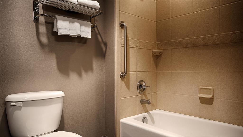 Best Western Giddings Inn & Suites - We take pride in making everything spotless for your arrival.