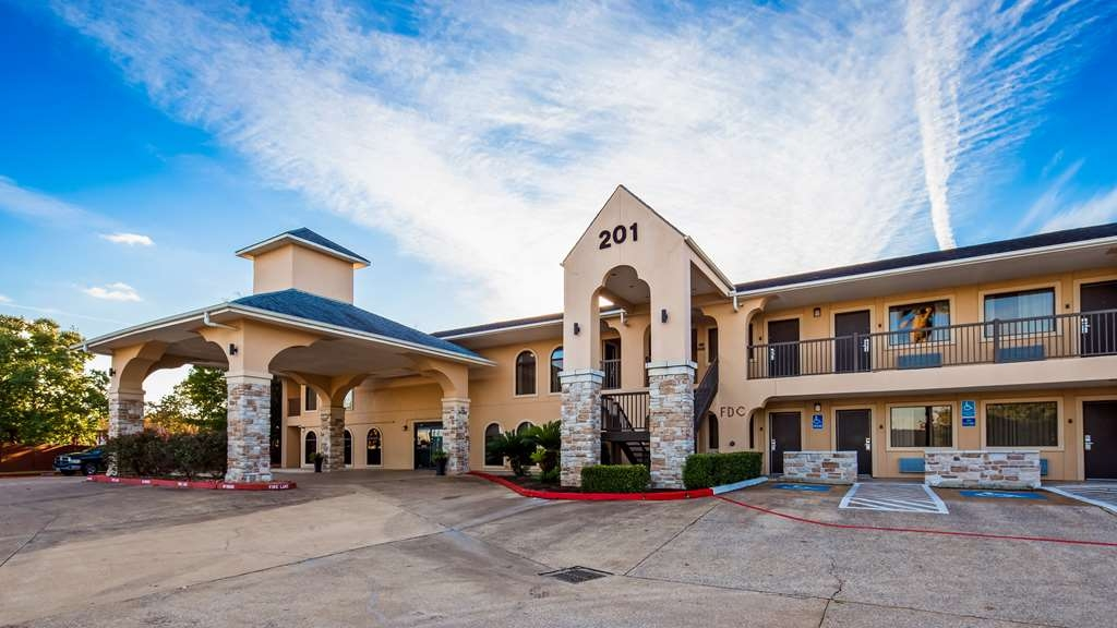 Best Western Huntsville Inn & Suites - Vista Exterior