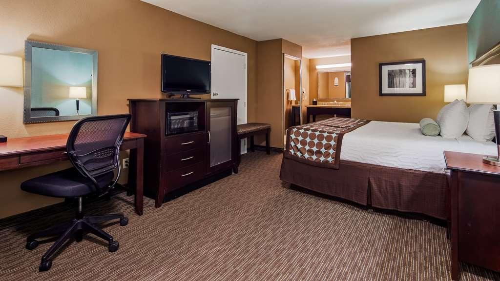 Best Western Huntsville Inn & Suites - King Guest Room