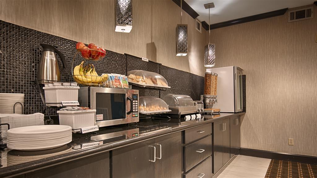 Best Western Huntsville Inn & Suites - Barra de desayunos