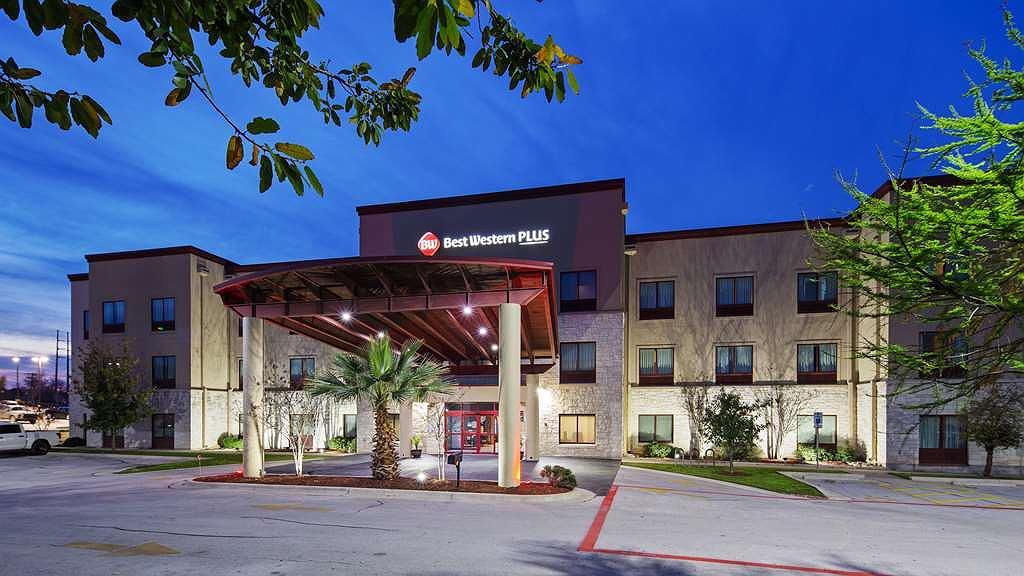 Best Western Plus Austin Airport Inn & Suites - Area esterna