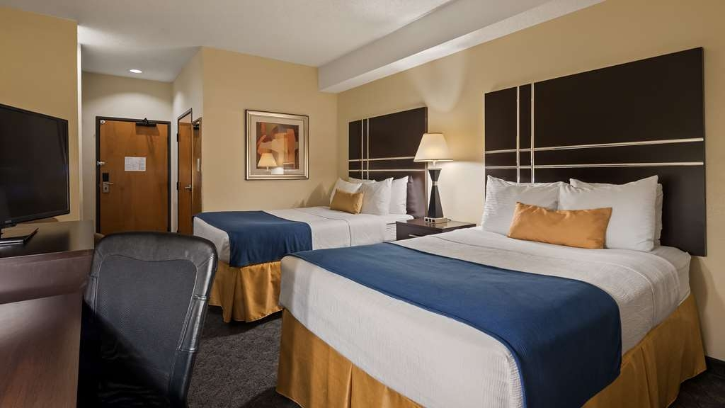 Best Western Plus Rockwall Inn & Suites - Have the perfect family trip in Rockwall, TX and stay in our two bedded guest rooms.