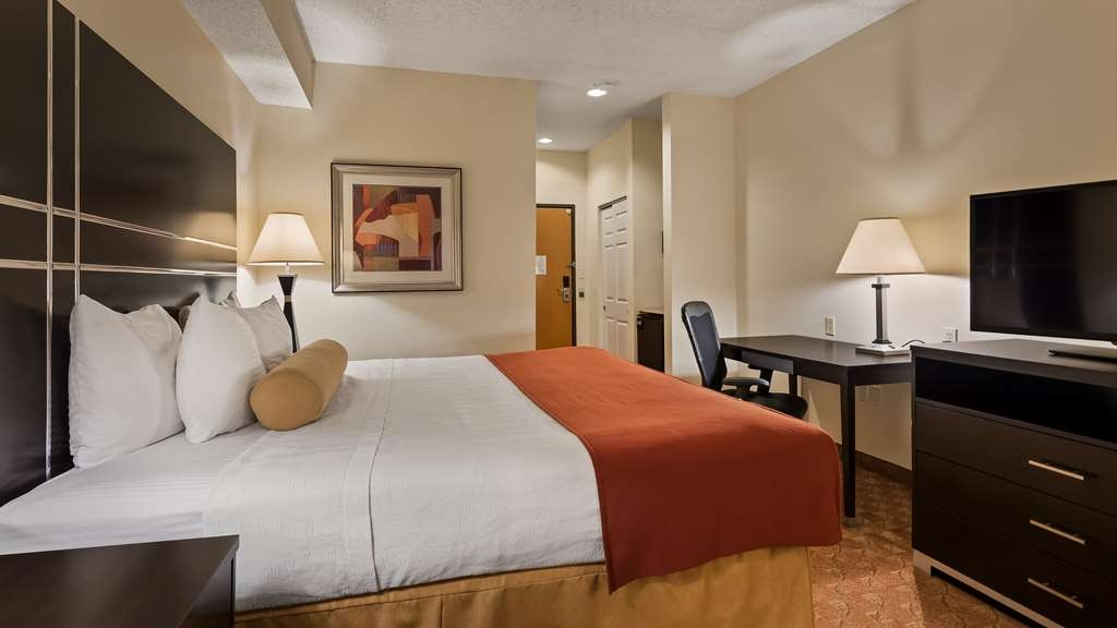 Best Western Plus Rockwall Inn & Suites - King Guestroom