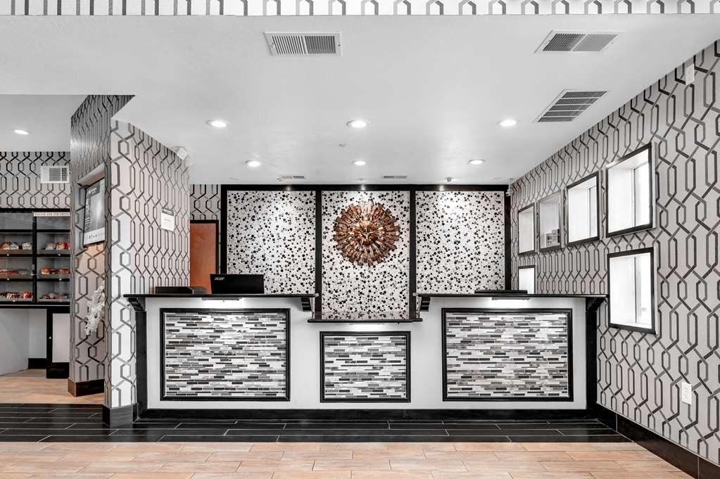 Best Western Plus Rockwall Inn & Suites - Hall