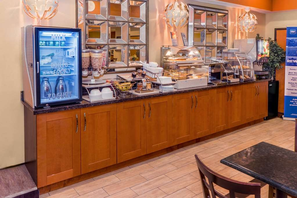Best Western Plus Rockwall Inn & Suites - Restaurant / Gastronomie
