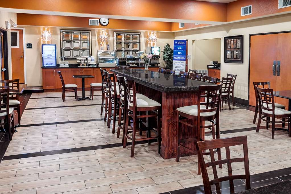 Best Western Plus Rockwall Inn & Suites - Breakfast Room