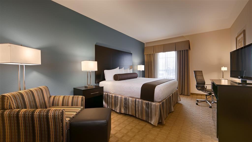 Best Western Plus Lytle Inn & Suites - King Guest Room