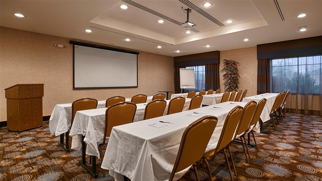 Best Western Plus Lytle Inn & Suites - Reserve our meeting room for your next meeting.
