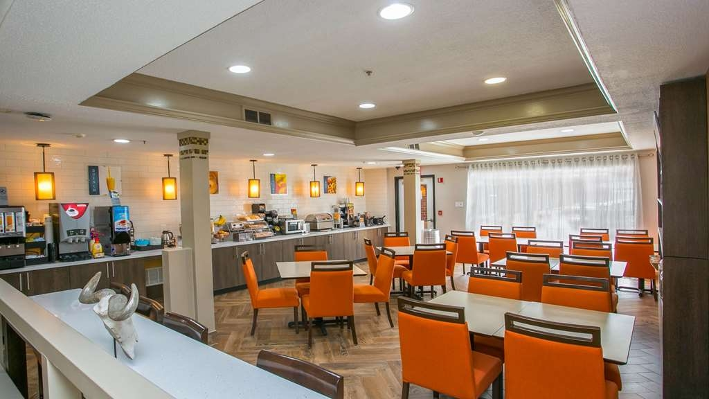 Best Western Plus Addison/Dallas Hotel - Restaurant / Gastronomie