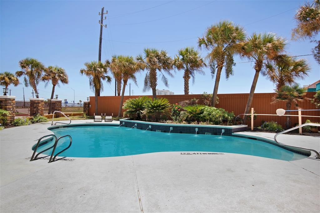 Best Western Plus Seawall Inn & Suites by the Beach - Piscina