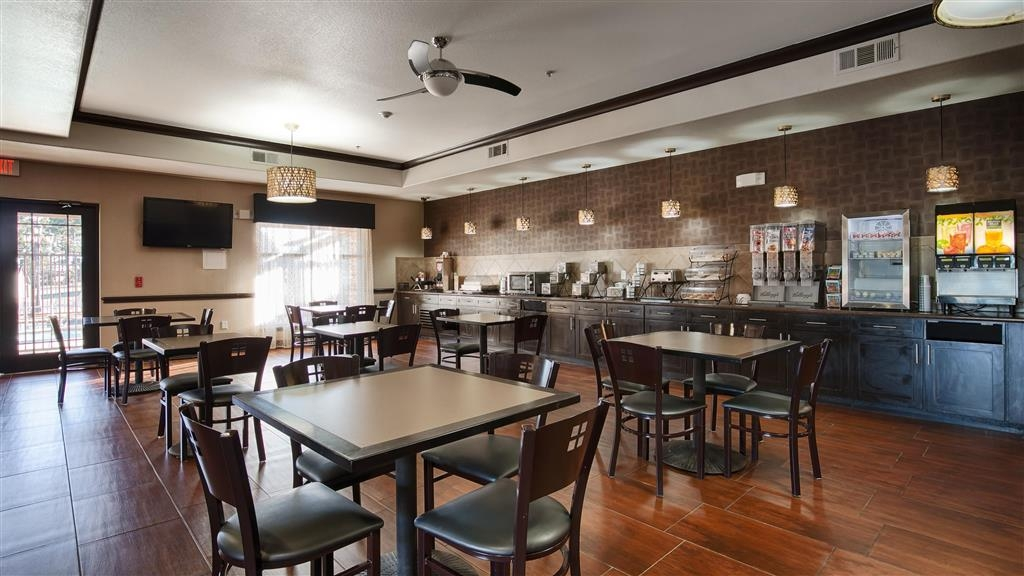 Best Western Plus Classic Inn & Suites - Area colazione