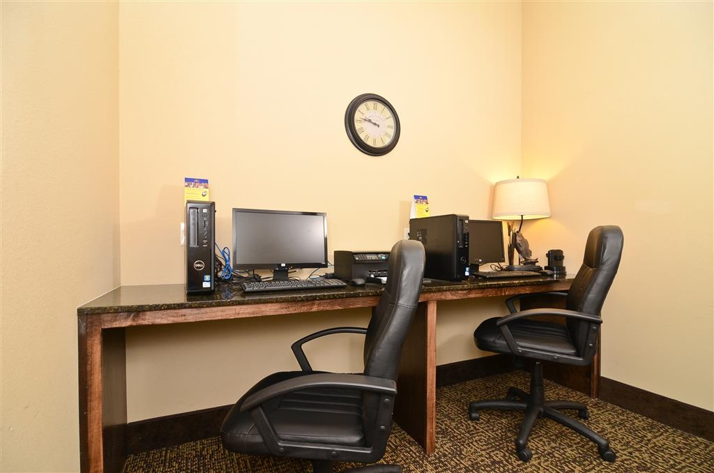 Best Western Plus Emory at Lake Fork Inn & Suites - Business-Center