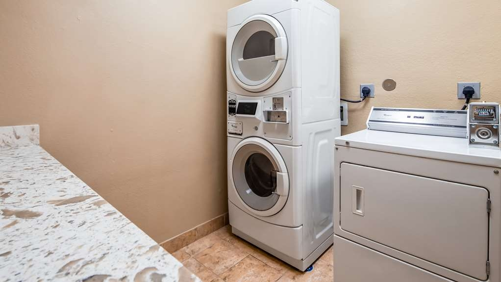 Best Western Plus Kenedy Inn - Guest Laundry Facilities