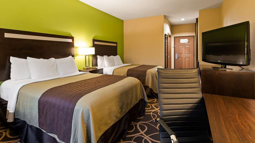 Best Western Plus Kenedy Inn - Two Queen Guest Room