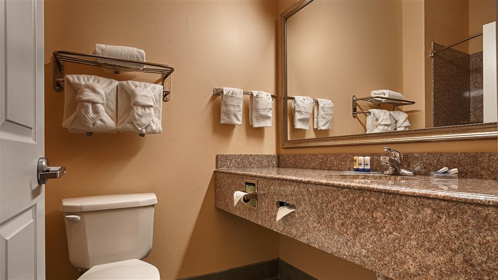 Best Western Plus New Caney Inn & Suites - Salle de bains