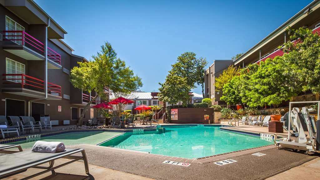 Best Western Plus Austin City Hotel - Vue de la piscine