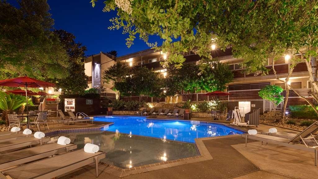 Aiden by Best Western@Austin City Hotel - Piscina