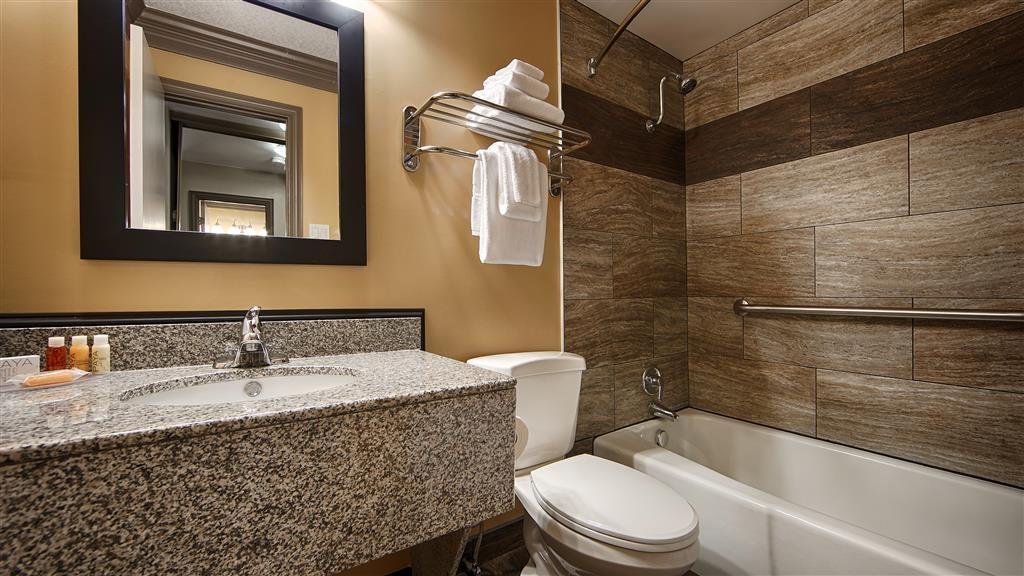 Best Western Plus Austin City Hotel - Badezimmer