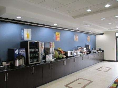 Best Western Plus JFK Inn & Suites - Desayuno Buffet