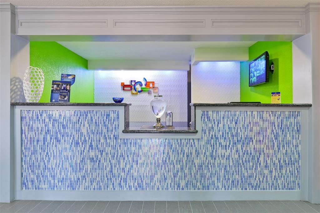 Best Western Plus Orange County - Enjoy our modern lobby offering a place to socialize with other guests or members of your party.