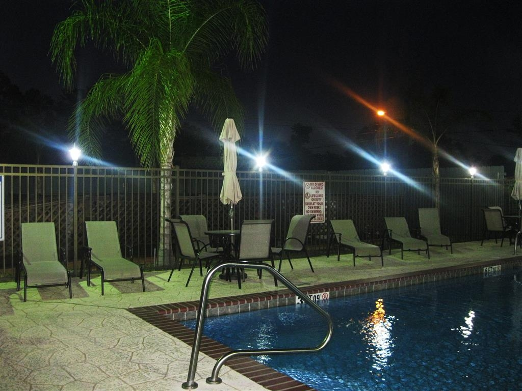 Best Western Plus Orange County - Piscina