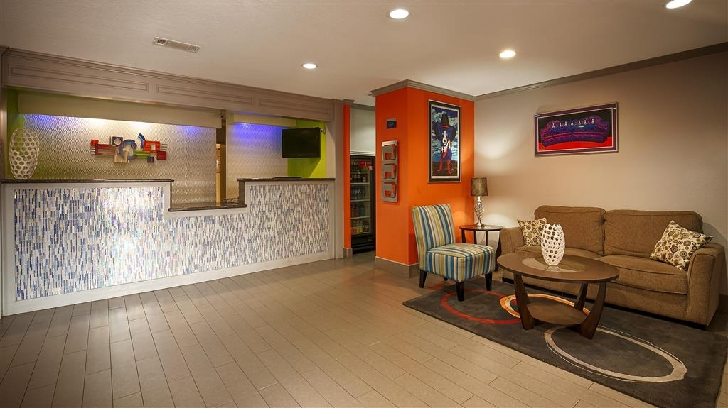 Best Western Plus Orange County - Hall