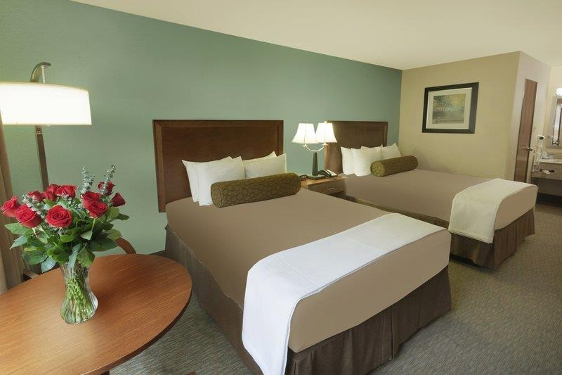 Best Western Plus Atrium Inn - Feel peaceful in the elegantly decorated room featuring plush pillow top mattresses.