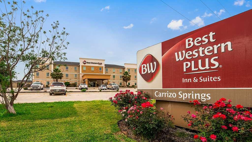 Best Western Plus Carrizo Springs Inn & Suites - Aussenansicht