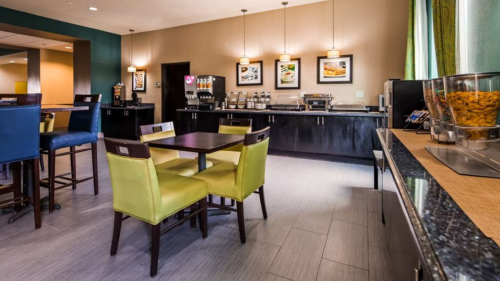 Best Western Plus Carrizo Springs Inn & Suites - Restaurant