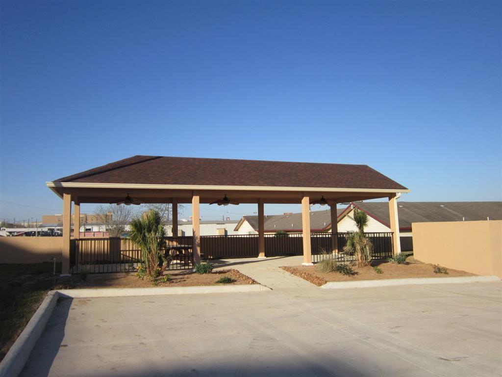 Best Western Plus Pleasanton Hotel - Außenansicht