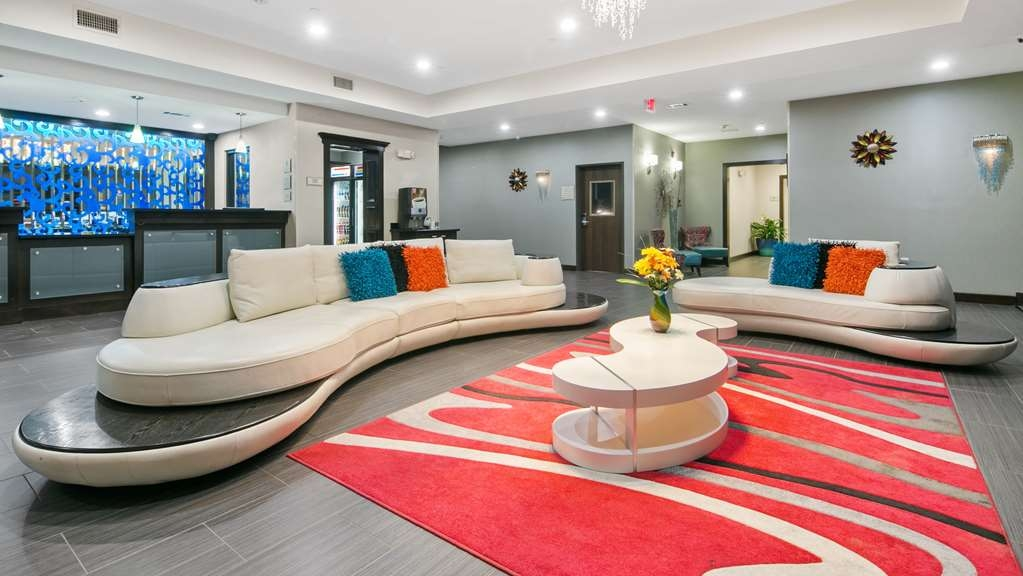 Best Western Plus Pleasanton Hotel - Vista del vestíbulo