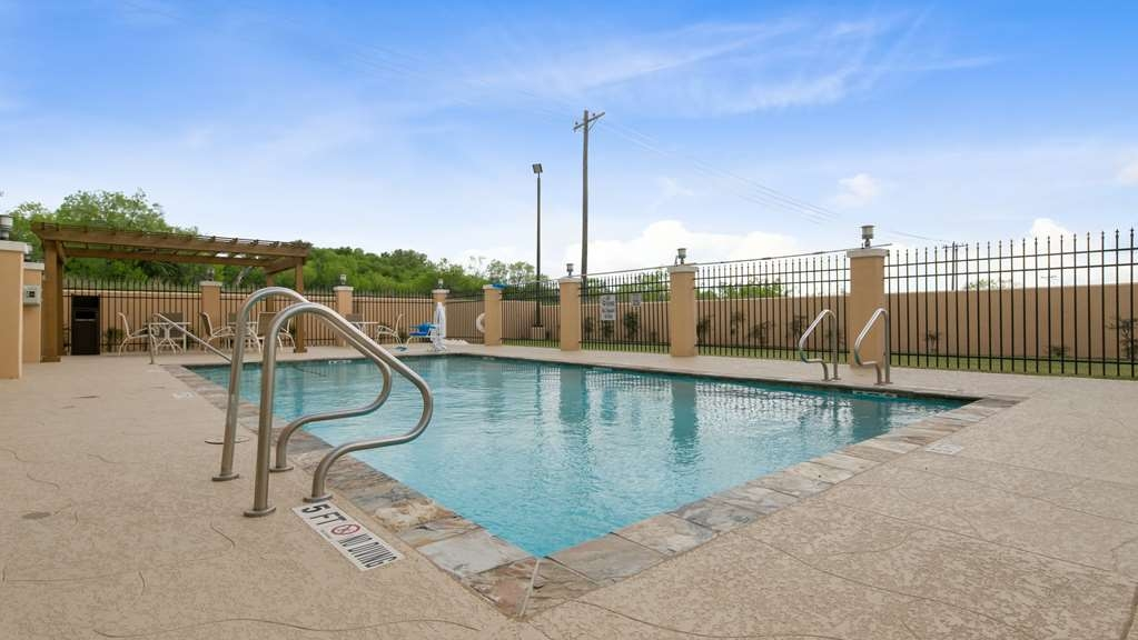 Best Western Plus Pleasanton Hotel - Vue de la piscine