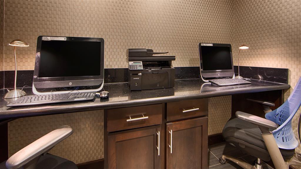 Best Western Plus Pleasanton Hotel - Business Center