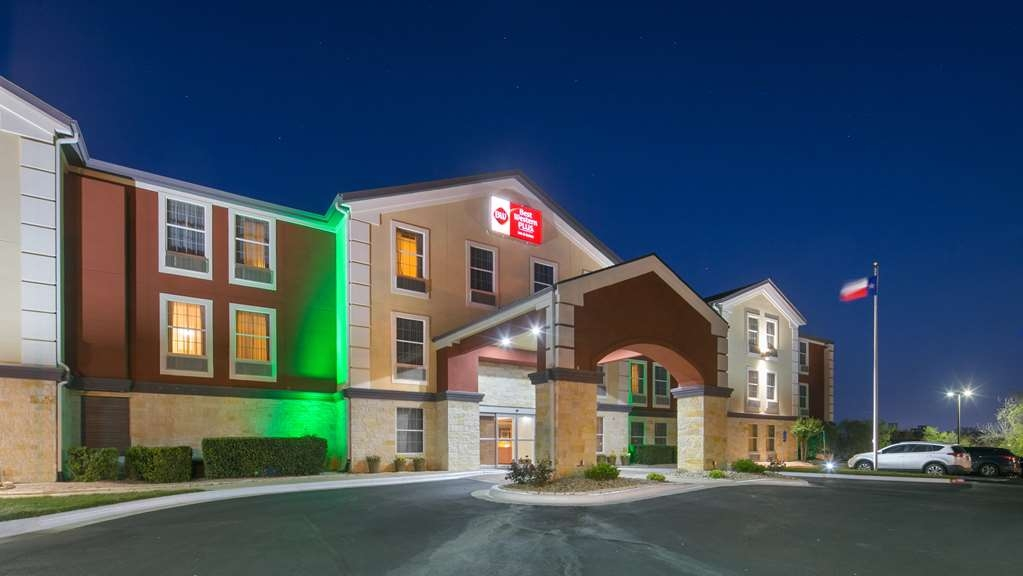 Best Western Plus Georgetown Inn & Suites - Facciata dell'albergo