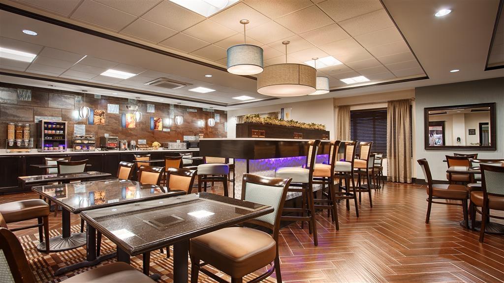 Best Western Plus North Odessa Inn & Suites - Petit déjeuner